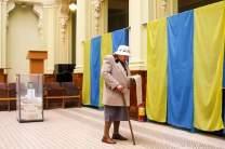 Оппозиционер Юрий Бойко мог бы выйти во второй тур выборов, но его выбил ставленник миллиардера Александр Вилкул