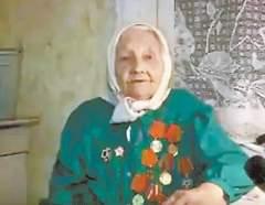 А 96-летняя Анна Крюкова пожаловалась на отсутствие в доме канализации, но в ответ местные чиновники предложили ей отправиться в богадельню