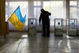 Все кандидаты в сменщики Петра Порошенко обещают вернуть под власть Киева Крым и Донбасс не миром, так войной