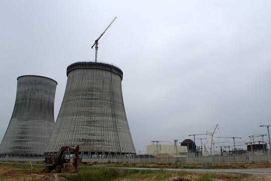 Белорусская АЭС, которую строил «Росатом», остановилась через день после запуска (commons.wikimedia.org/Renessaince)