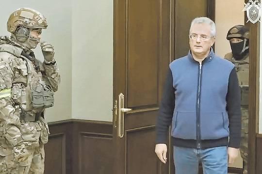 Четыре возможные причины ареста губернатора Белозерцева