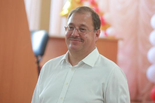 Картинки по запросу Борис Пайкин забил на будущее ФК «Тосно»
