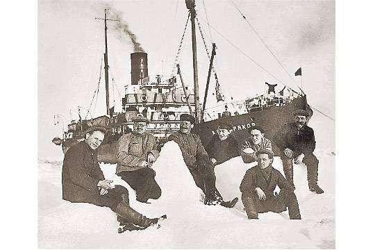 Кому сегодня принадлежит Северный морской путь?