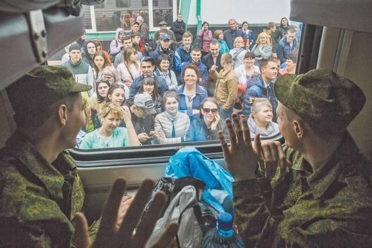 Минобороны имитирует создание контрактной армии? фото: Дмитрий Феоктистов/ТАСС