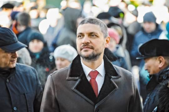 На региональных выборах победили ставленники Сбербанка, НАМК и «Реновы»