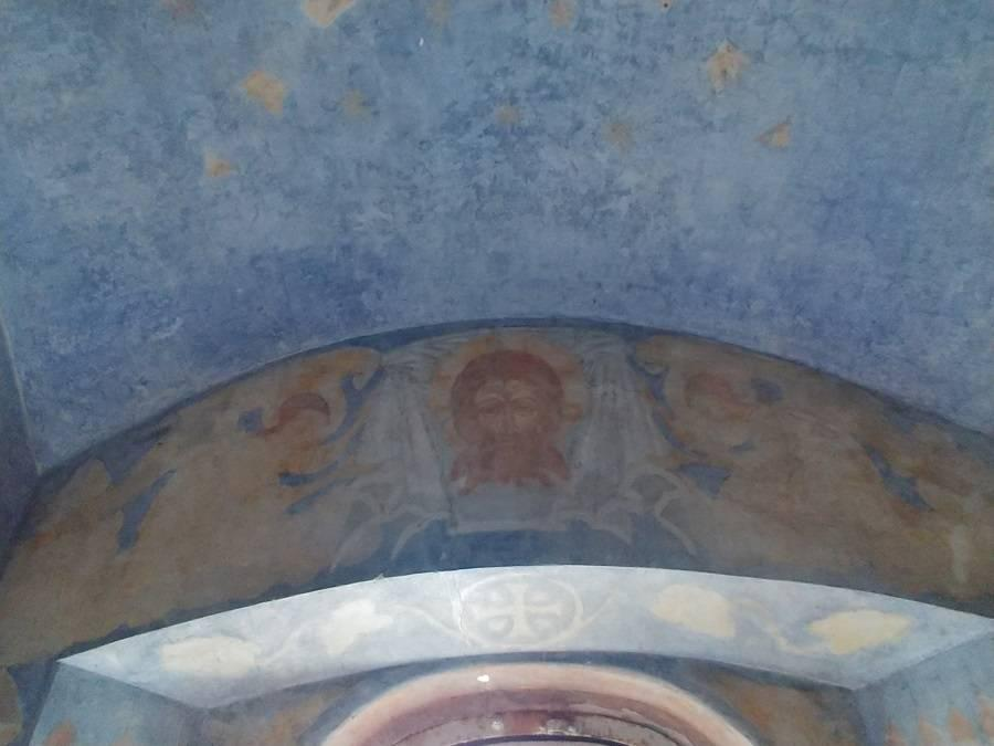 Общественность обратилась к властям с просьбой сохранить часовню с фресками Николая Рериха