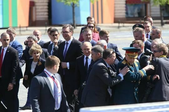 Путин исправил ситуацию с толчком ветерана и ФСО. Автор: Кирилл Журавок
