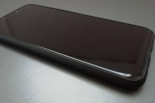 В России захотели увеличить сумму штрафа за использование телефона за рулём