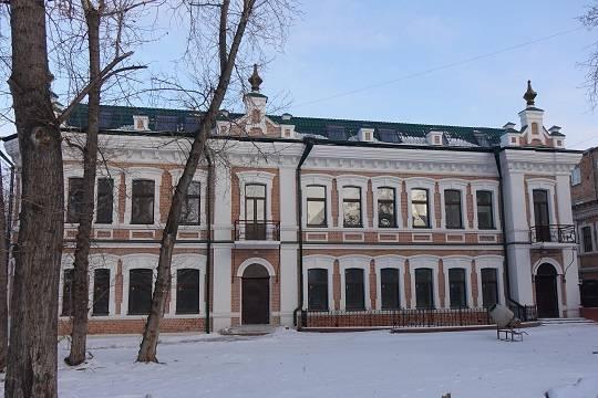 Власти Красноярского края отбирают у зарубежных инвесторов особняк, восстановленный из руин
