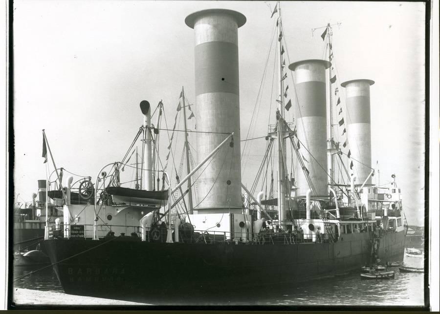 Роторное судно Barbara в Барселоне 1926 год