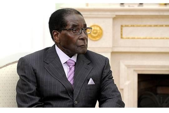 Военные заблокировали дороги кправительственным зданиям встолице Зимбабве