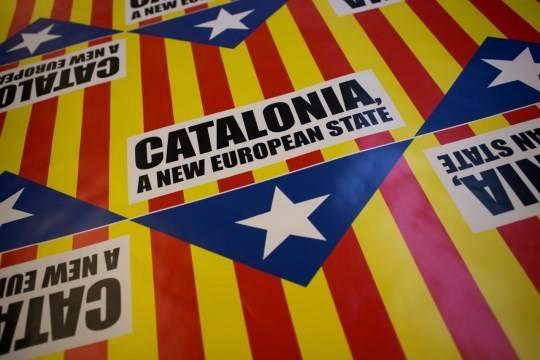 Ассанж объявил о начале первой мировой интернет-войны в Каталонии