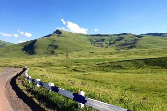 Азербайджан передал Нагорному Карабаху тела погибших