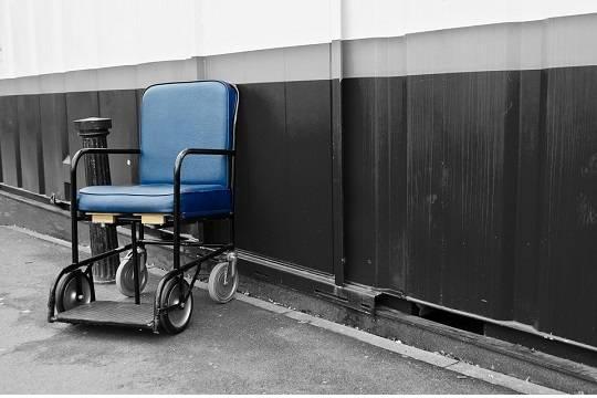 Руководитель СКраспорядился проверить условия жизни инвалида-колясочника вИжевске
