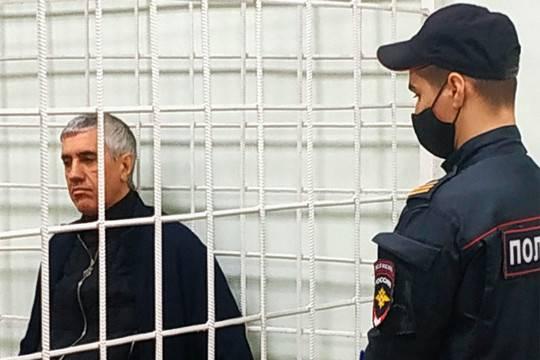 Бизнесмена Анатолия Быкова приговорили к 13 годам лишения свободы