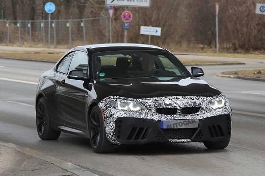 BMW выпустит купе М2 CSL