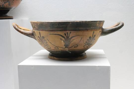 Более 200 артефактов нашли археологи на Сретенке