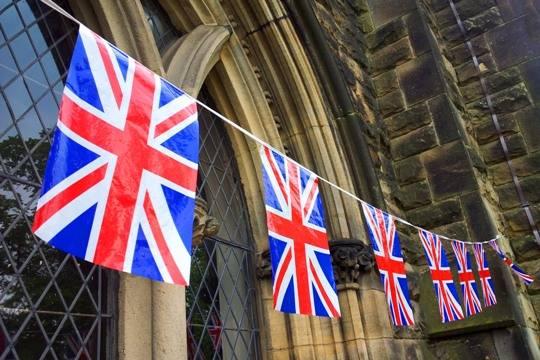 Англичане собирают подписи против визита Дональда Трампа вихстрану