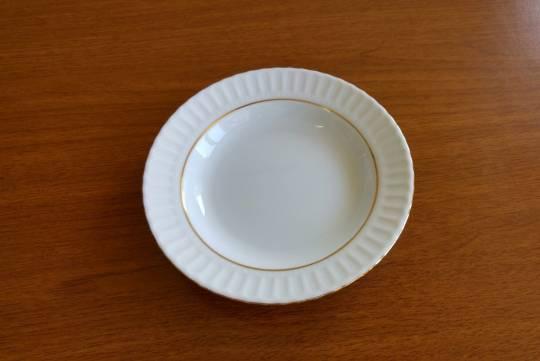Больным российским детям подарили тарелки и мыло