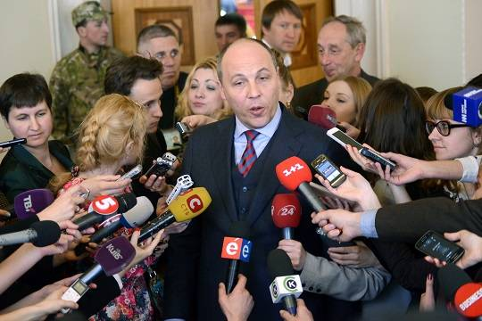 Бывший спикер Рады обвинил Запад в давлении на Зеленского
