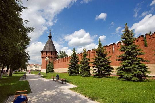 """Тульский Кремль. Деньги, которые туляки собрали на постройку кремлевской колокольни, хранились в """"Первом экспрессе"""""""