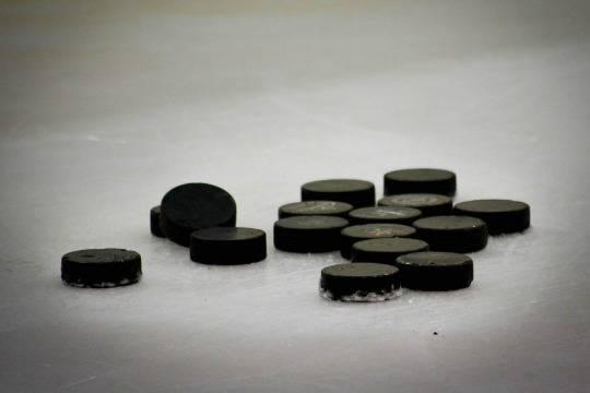 ЧМ-2021 по хоккею в Минске спасёт только чудо: Nivea и Skoda отказались спонсировать турнир в Белоруссии