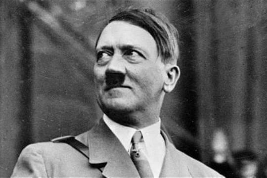 ЦРУ рассекретило доклад о гомосексуализме и импотенции Адольфа Гитлера