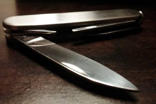 Двенадцатилетняя девочка ранила ножом 2-х сверстниц вКрасноярском крае