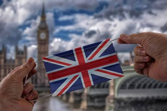 Для прибывающих в Великобританию введены более жёсткие карантинные правила
