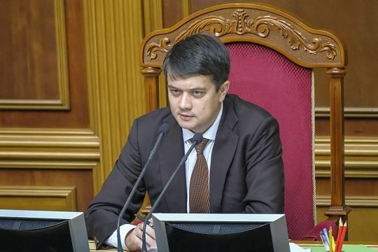 Дмитрию Разумкову предстоит заменить Владимира Зеленского – как нам, в России, относиться к этой замене?