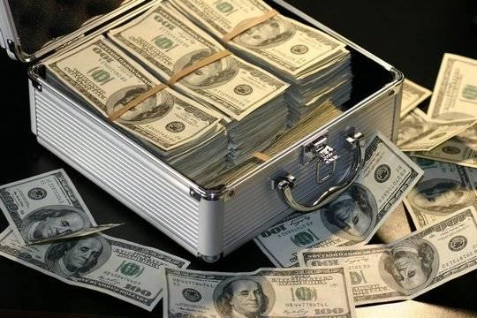 До 90 тысяч рублей в минуту - сколько зарабатывают Киркоров, Билан и Волочкова