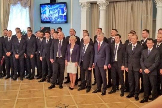 Дзюба предложил Путину поменять коньки набутсы