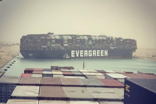 Египет: Суэцкий канал оказался заблокирован по вине капитана Ever Given