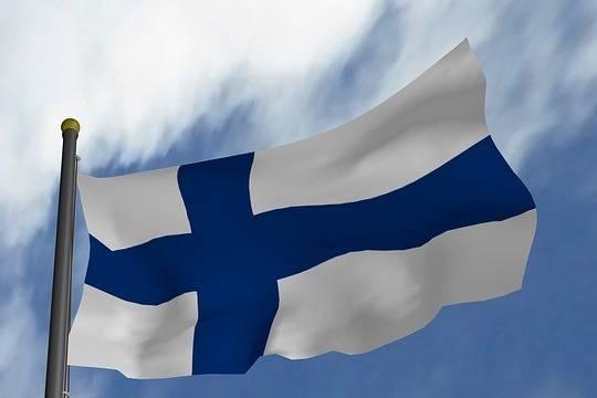 Финляндия будет выдавать россиянам визы без гарантий въезда в страну