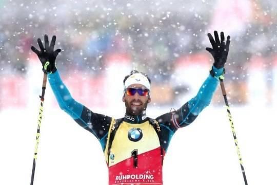 Фуркад ушел с пьедестала почета из-за российских биатлонистов