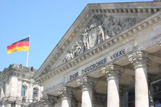 Германия может ввести санкции против США из-за новых антироссийских ограничений