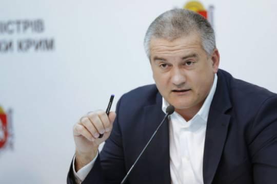 Глава Крыма Сергей Аксёнов сам раздает подряды, сам за них платит, сам сажает за их невыполнение