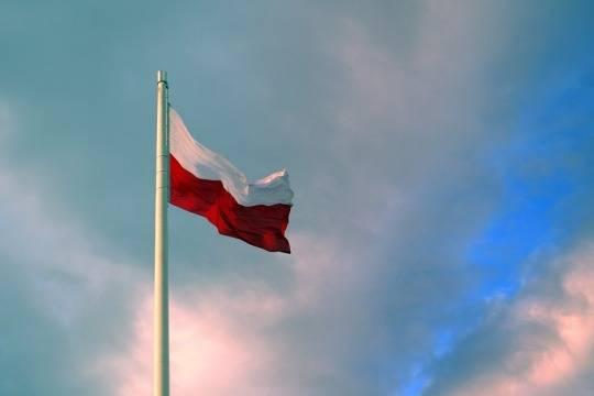 Руководитель МВД Польши упрекнул пострадавшую оттерактов Испанию в«засилье мигрантов»