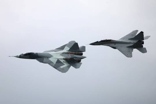 Глава ВКС рассказал о возможностях истребителя Т-50