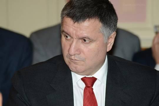 Последнее лето министра - Главу МВД Украины Арсена Авакова администрация Владимира Зеленского отправляет в отставку
