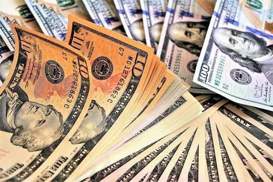 Госдолг Украины вырос надо77 млрд долларов