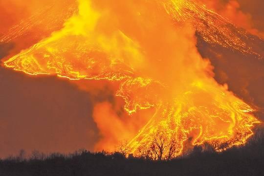 Вулканизация - Извержения и землетрясения грозят уничтожить Японию