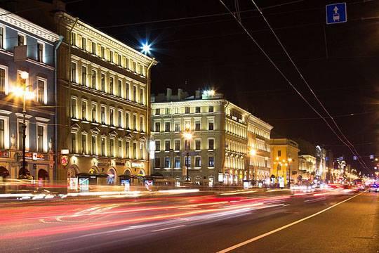 Как Андрей Исаев и Елена Меньшикова лишили Балтийский банк недвижки на Невском проспекте