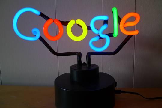 Как Роскомнадзор хотел заблокировать букмекеров, но внес в реестр поисковик Гугл
