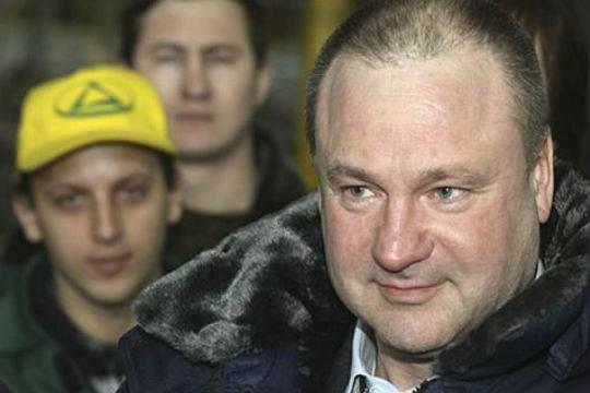 Как владелец «Донинвеста» Михаил Парамонов назанимал у российских банков миллиарды рублей и уехал во Францию