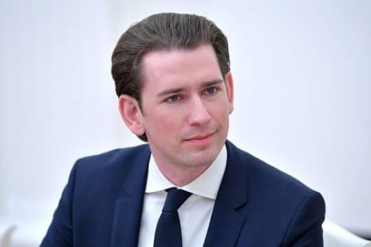 Канцлер Австрии рассказал о переговорах с Россией по поставке Спутника V