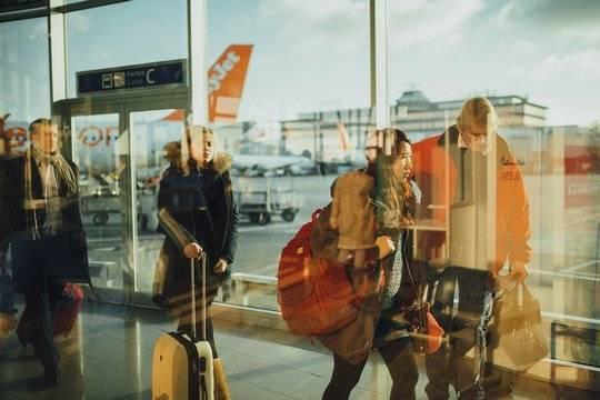 Кипр пока отказался пускать российских туристов