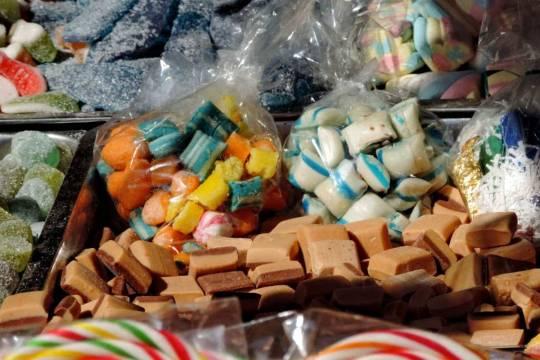 Кондитеры предупредили о грядущем подорожании конфет и вафель