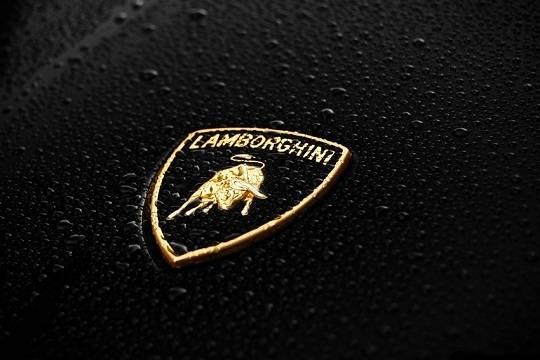 Компания Lamborghini построит электрический гиперкар Vitola