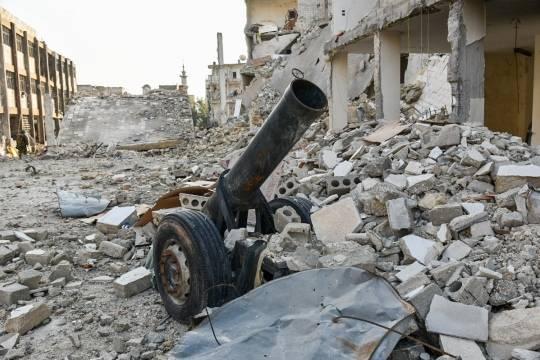 Поддерживающие власти Сирии ополченцы обстреляли базу США вРакке